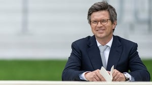 Roger Varian trained Teona's dam Ambivalent, who won the Group One Pretty Polly Stakes at the Curragh in 2013