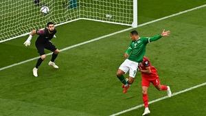Adam Idah flashes a header wide against Azerbaijan