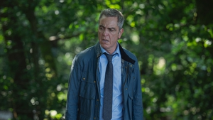 James Nesbitt as Broome in Stay Close
