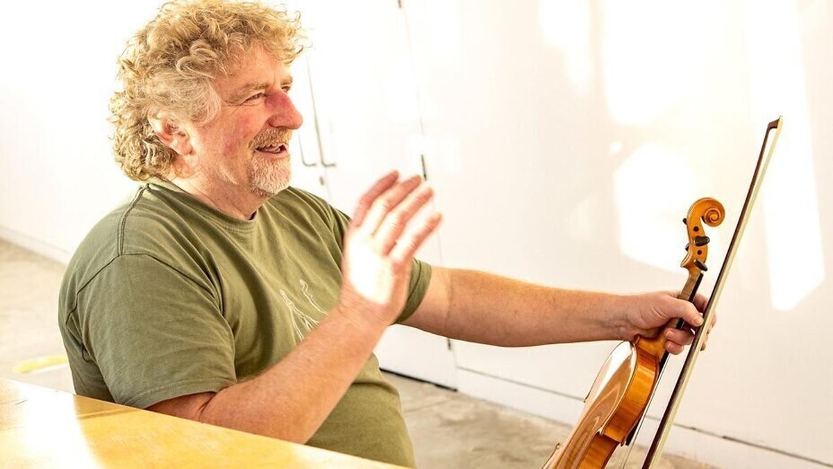 A Fiddler's Farewell by Martin McGinley