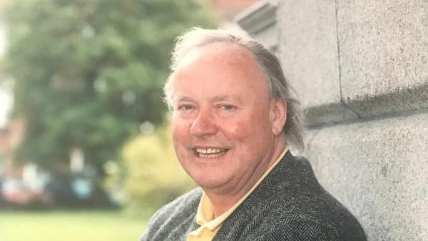 Mr Kennelly died on Sunday aged aged 85