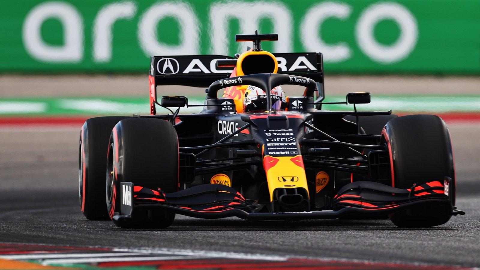 Max Verstappen takes pole ahead of Lewis Hamilton